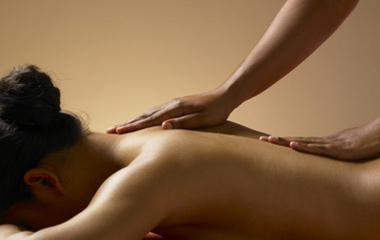 comment faire un massage erotique Forbach
