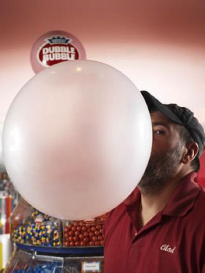 La plus grosse bulle de chewing-gum